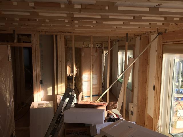 上棟:2階の壁と天井