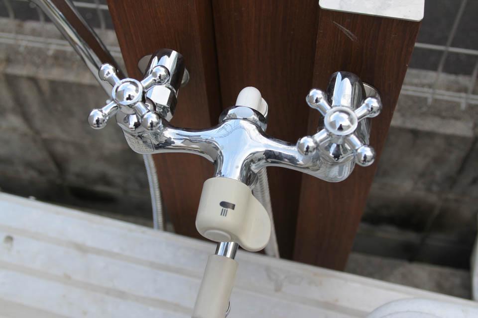 オンリーワンクラブ 混合栓 木目補助混合栓ユニット シャワー付き+蛇口(ケトルメッキ)付き 二口水栓柱