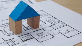 30坪(約100㎡)の土地の検討モデル(建築面積と建ぺい率、延床面積と容積率、階数)